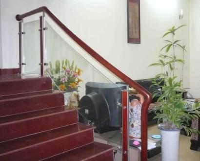 Cầu thang kính CL